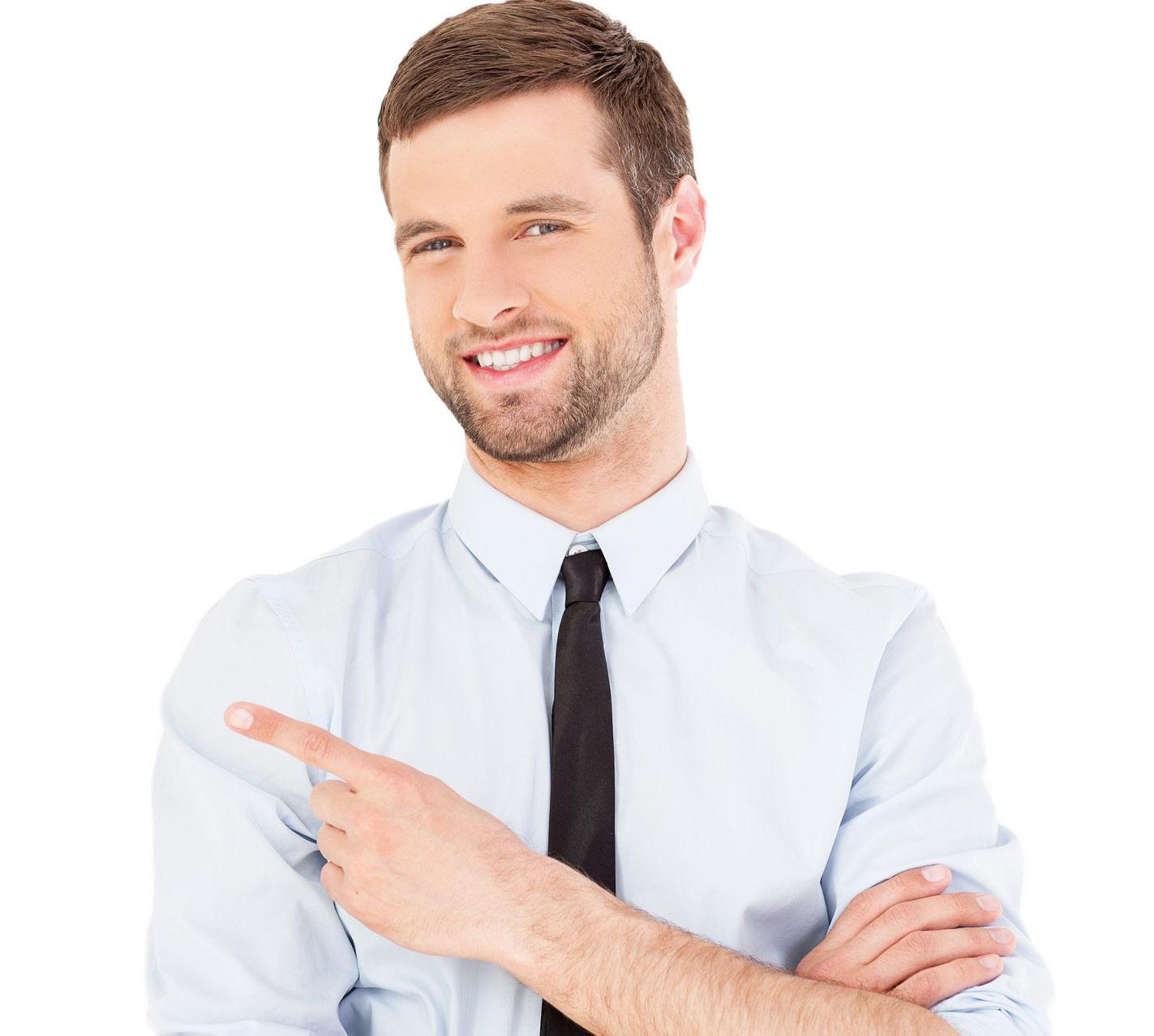 Uomo manager: outfit per ogni occasione, dalla cravatta alla camicia personalizzata